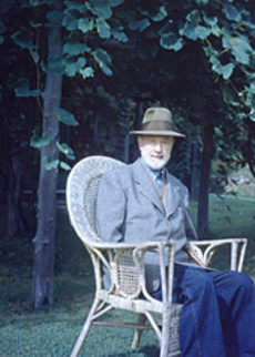a biography of the composer charles edward ives Charles edward ives (october 20, 1874 – may 19, 1954) was an american composer of european classical music he is widely regarded as one of the first american.